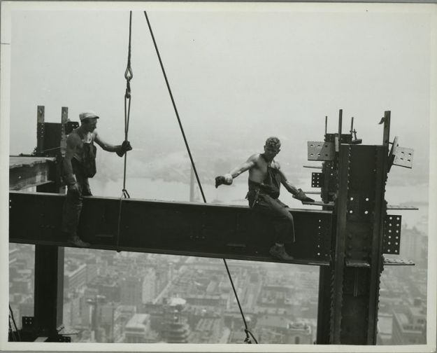 vintage-empire-state-building-construction-photos-by-lewis-wickes-hine-1931-14