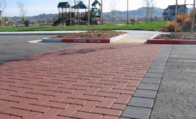 uselarge_Stamped_Asphalt_Streetprint_decorative_crosswalk